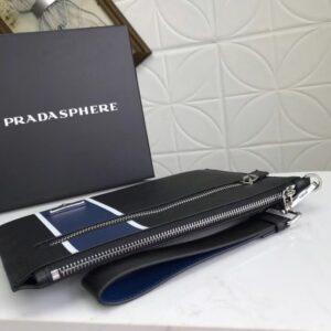 Clutch Prada cầm tay họa tiết kẻ xanh CLP16