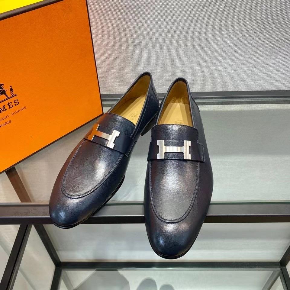 Giày lười Hermes like au mặt logo màu trắng GHM02