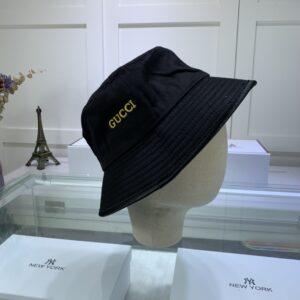 Mũ nam Gucci siêu cấp họa tiết logo chữ màu đen MGC07