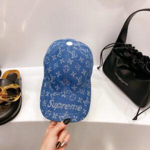Mũ nam Louis Vuitton siêu cấp họa tiết chữ màu xanh MLV06
