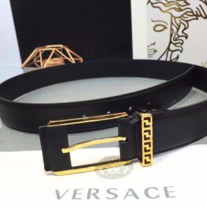 Thắt lưng nam Versace like au logo khắc chữ màu vàng TVS03