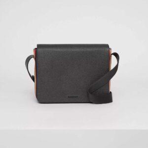 Túi đeo chéo nam Burberry họa tiết chữ TDB02
