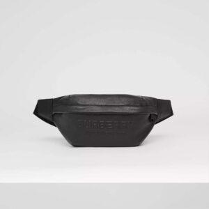 Túi đeo ngang nam Burberry họa tiết chữ nổi TDB15