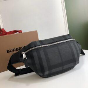 Túi đeo ngang nam Burberry họa tiết ô kẻ màu xám TDB16
