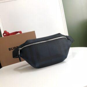 Túi đeo nagng Burberry họa tiết caro màu xanh TDB17