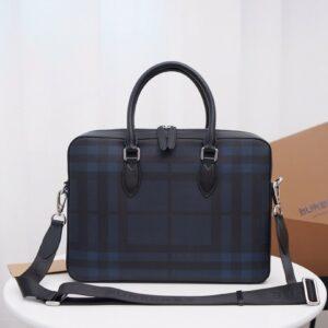 Túi xách nam Burberry họa tiết caro màu xám ghi TXB02