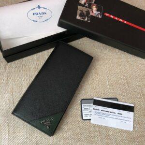Ví nam Prada cầm tay họa tiết logo góc VNP09