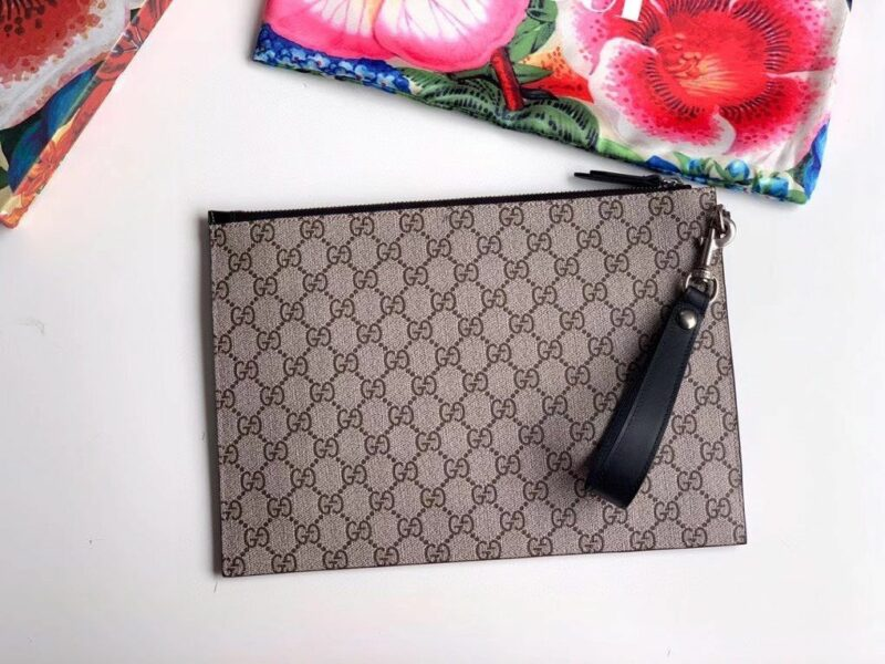 Clutch nam Gucci Bestiary Pouch With Kingsnake CLG12