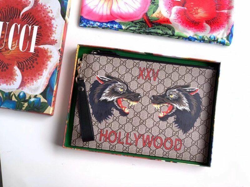 Clutch Gucci nam Bestiary Wolf Gg Supreme Pouch CLG10