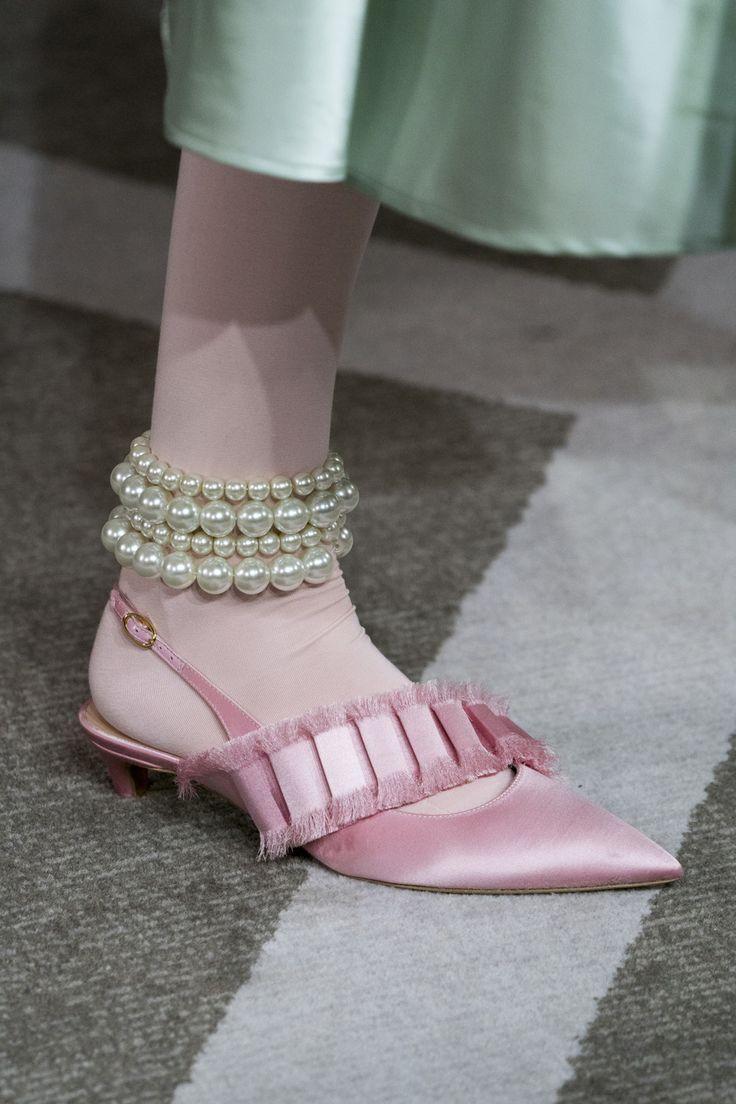 Giày Dolce & Gabbana Keira Embellished Satin Sandals màu hồng
