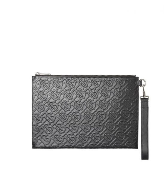 Clutch Burberry Monogram Leather Zip Pouch màu đen Like Au