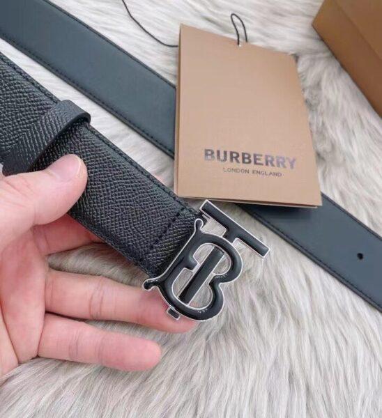 Thắt lưng Burberry siêu cấp dây taiga khóa chữ màu đen TLB10